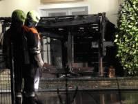 Einsatz Nr.25/2021: Asche in der Tonne: Müllhäuschen brennt ab